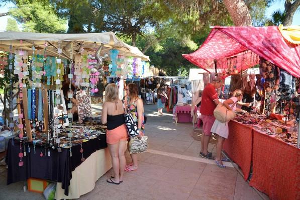 Punta Arabi Local Market