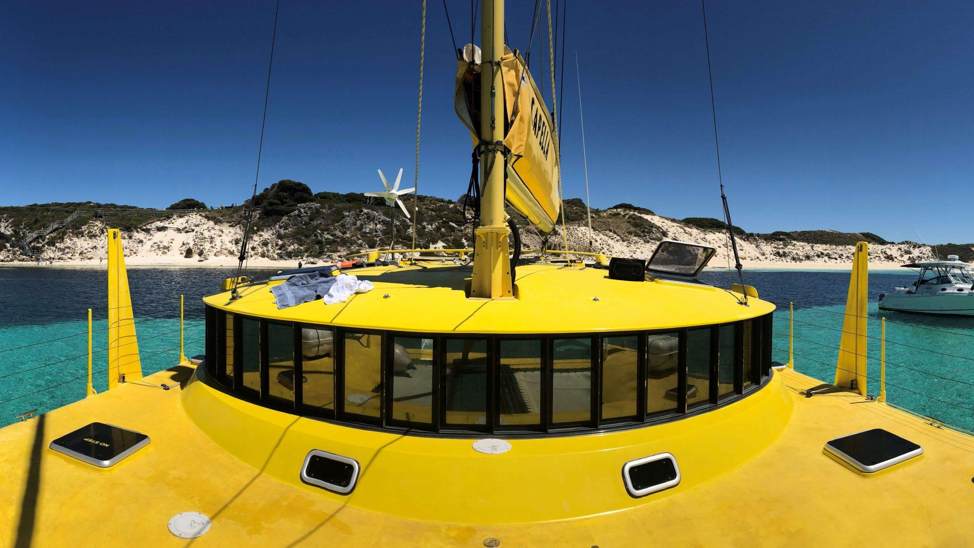 passeio de catamaran em menorca - Living Tours