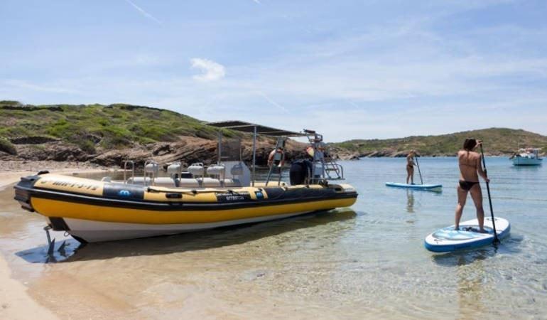 Speed Boat com Snorkeling - Living Tours
