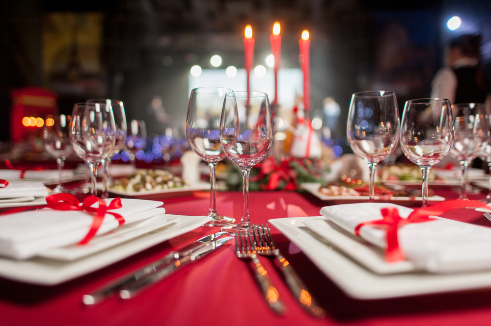 Corporate Christmas Dinner in Porto - Living Tours