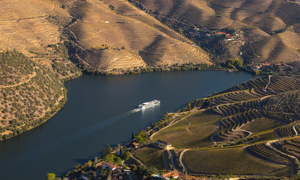 Douro Cruises - Living Tours