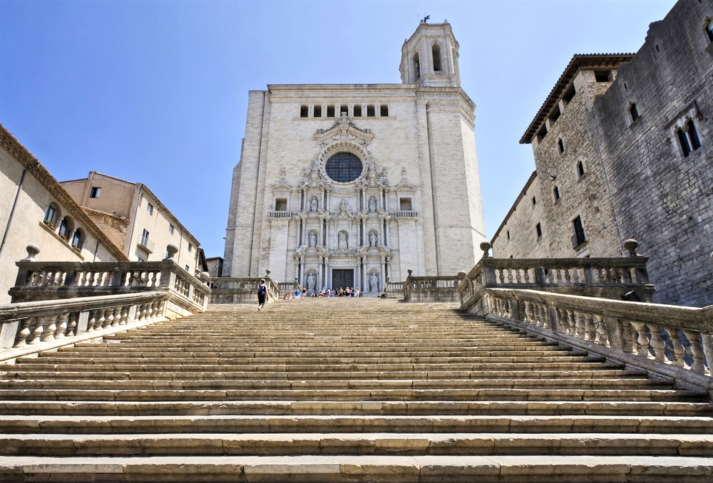 Girona Tour Hotel Pick-up - Living Tours