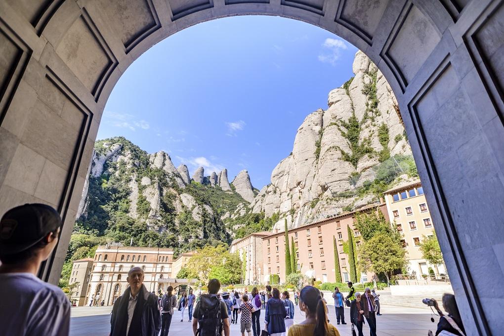 Montserrat Trekking Experience