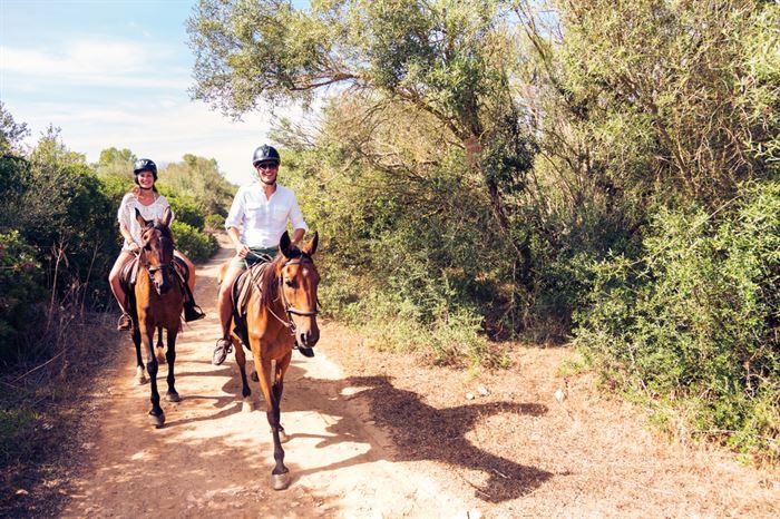 Ride Horse Montserrat