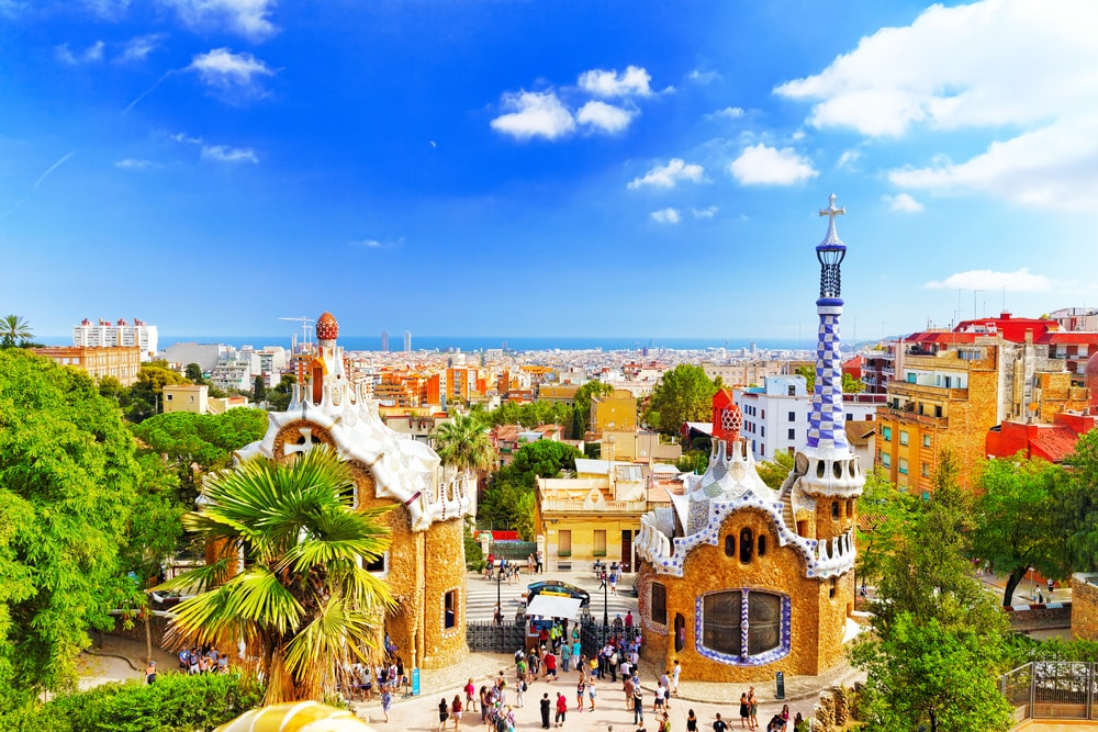 Fast-track Ticket to Park Guell - Living Tours