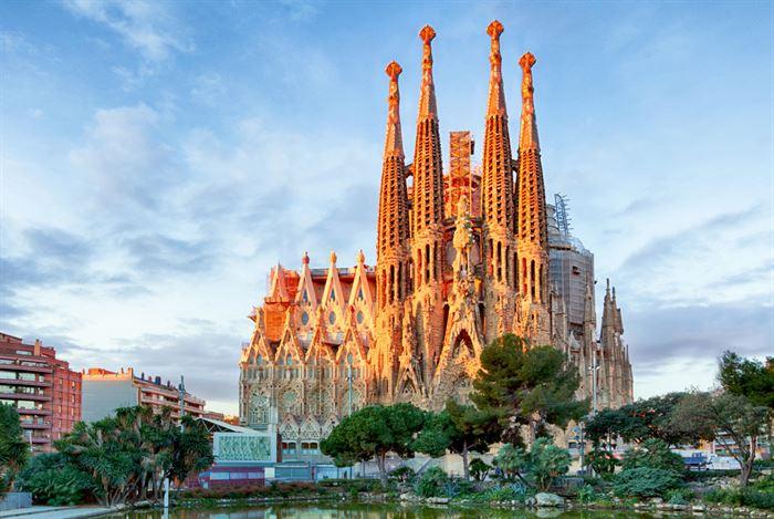 Barcelona and Sagrada Familia fast track Private VIP Tour