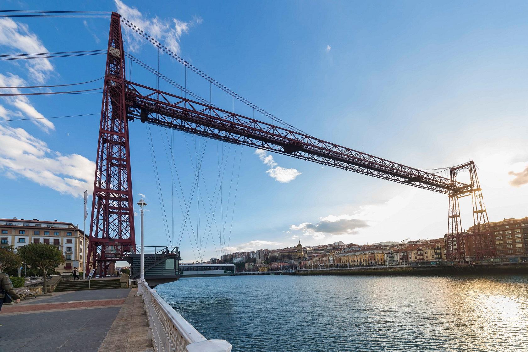 Colgante Bridge - Living Tours