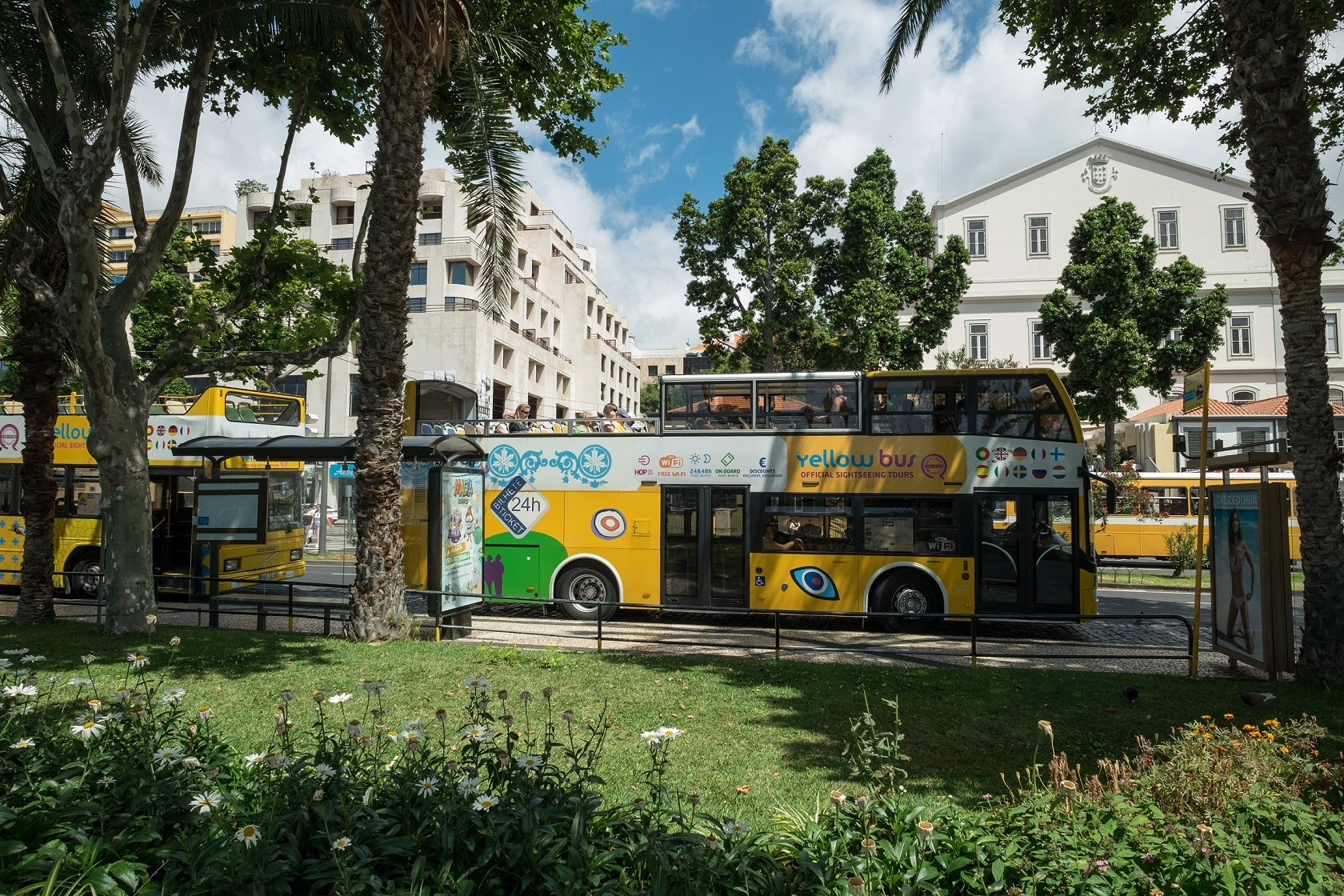 Sightseeing Hop on Hop off Combination 3 in 1 Funchal - Living Tours
