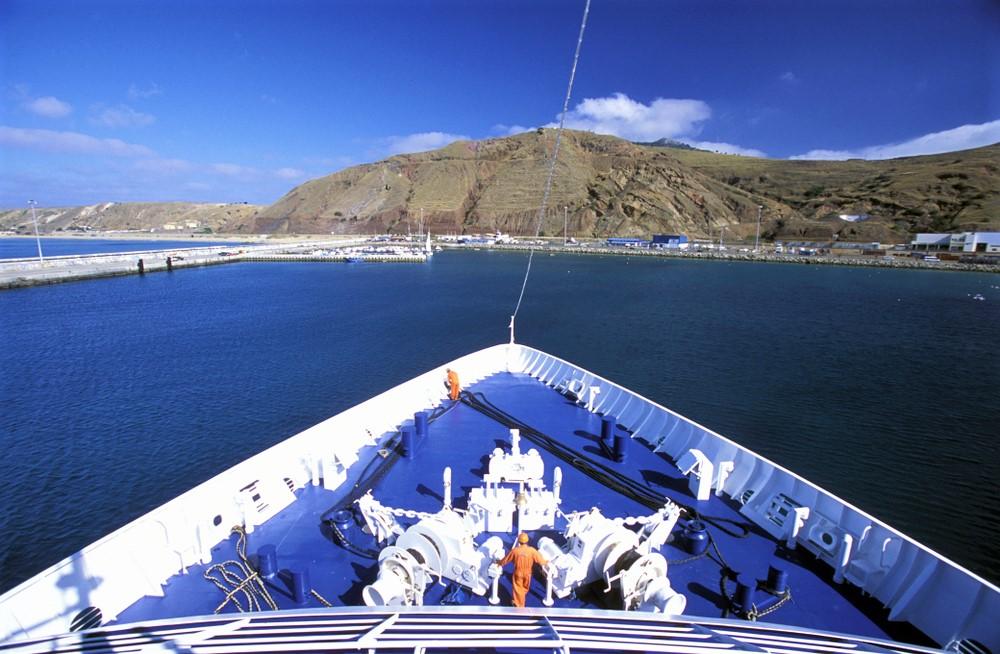 Boating in Porto Santo - Living Tours