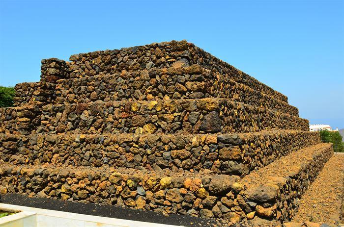 Entrada no Parque Etnográfico das Pirâmides de Guimar - Tenerife