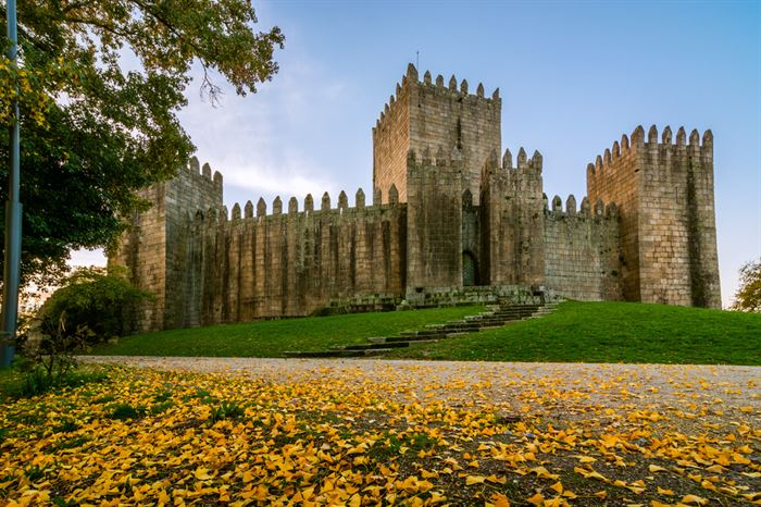 Guimaraes Castle - Living Tours