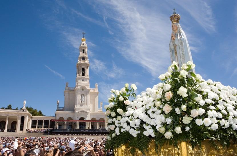 Sanctuary of Fatima - Living Tours