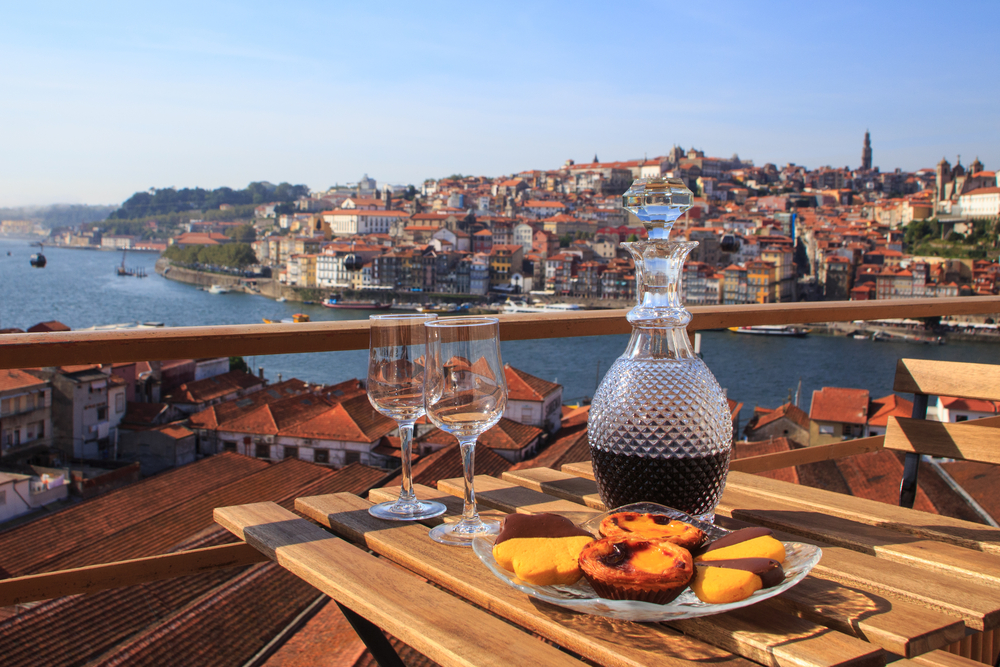 Private Transfer coimbra to Porto - Living Tours