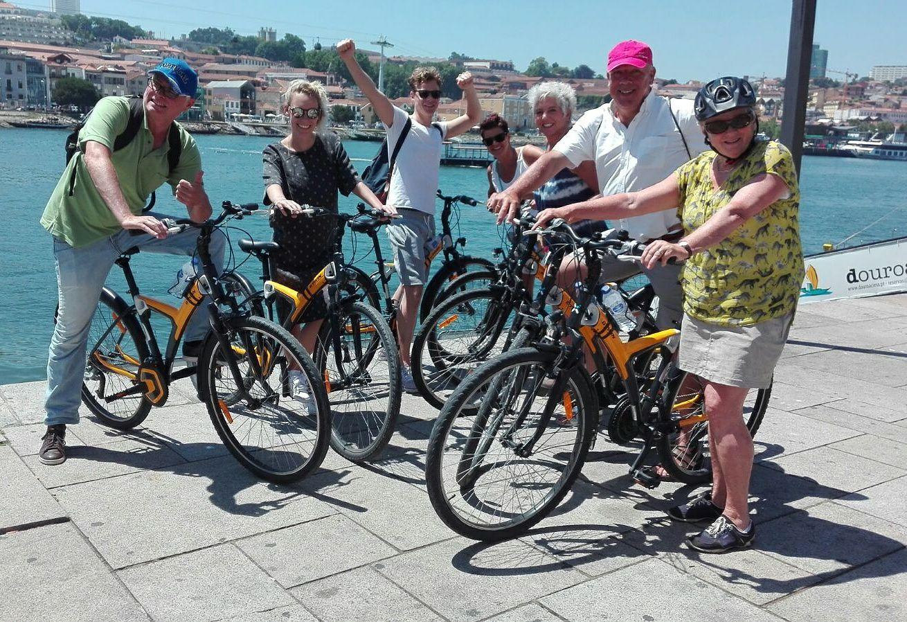 Riverside Oporto E-bike - Living Tours