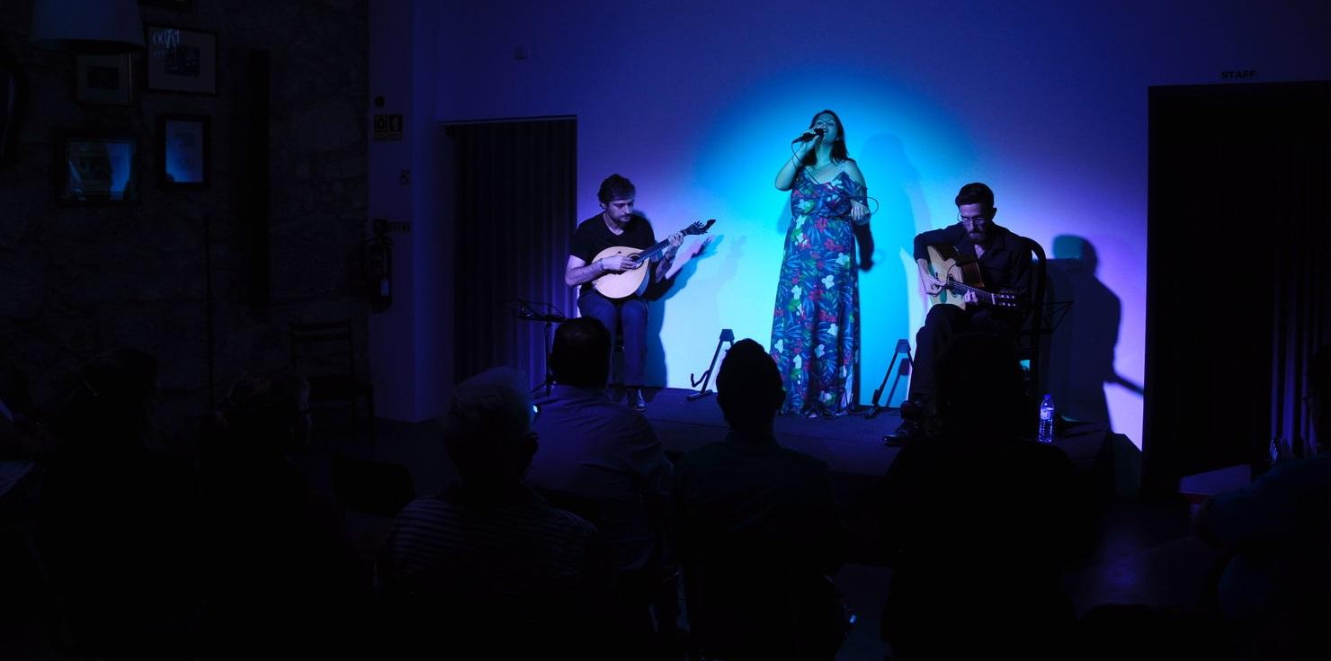 concerto de fado no porto - Living Tours