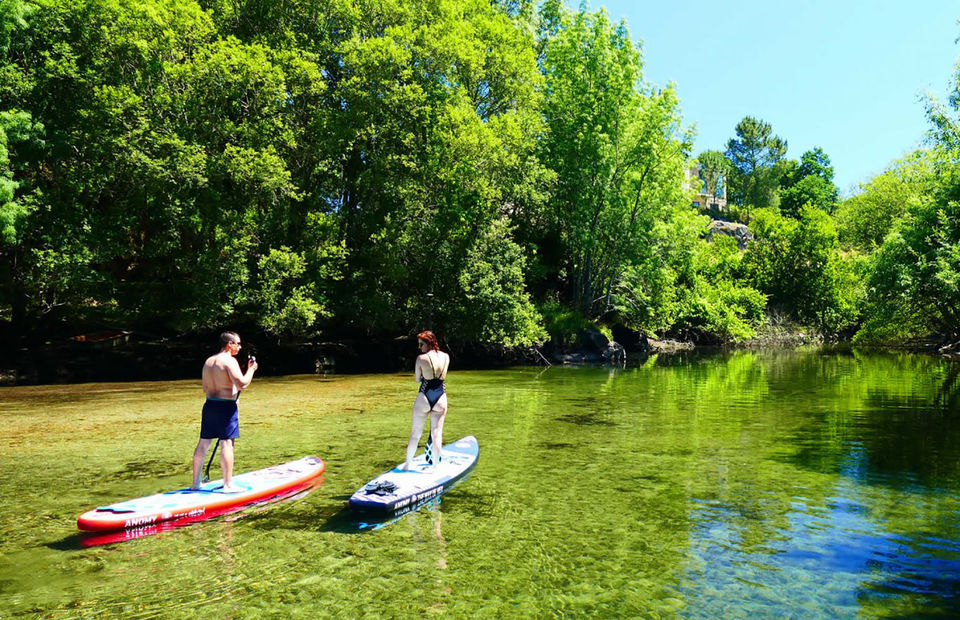 Paddle Surf in Gerês - Living Tours