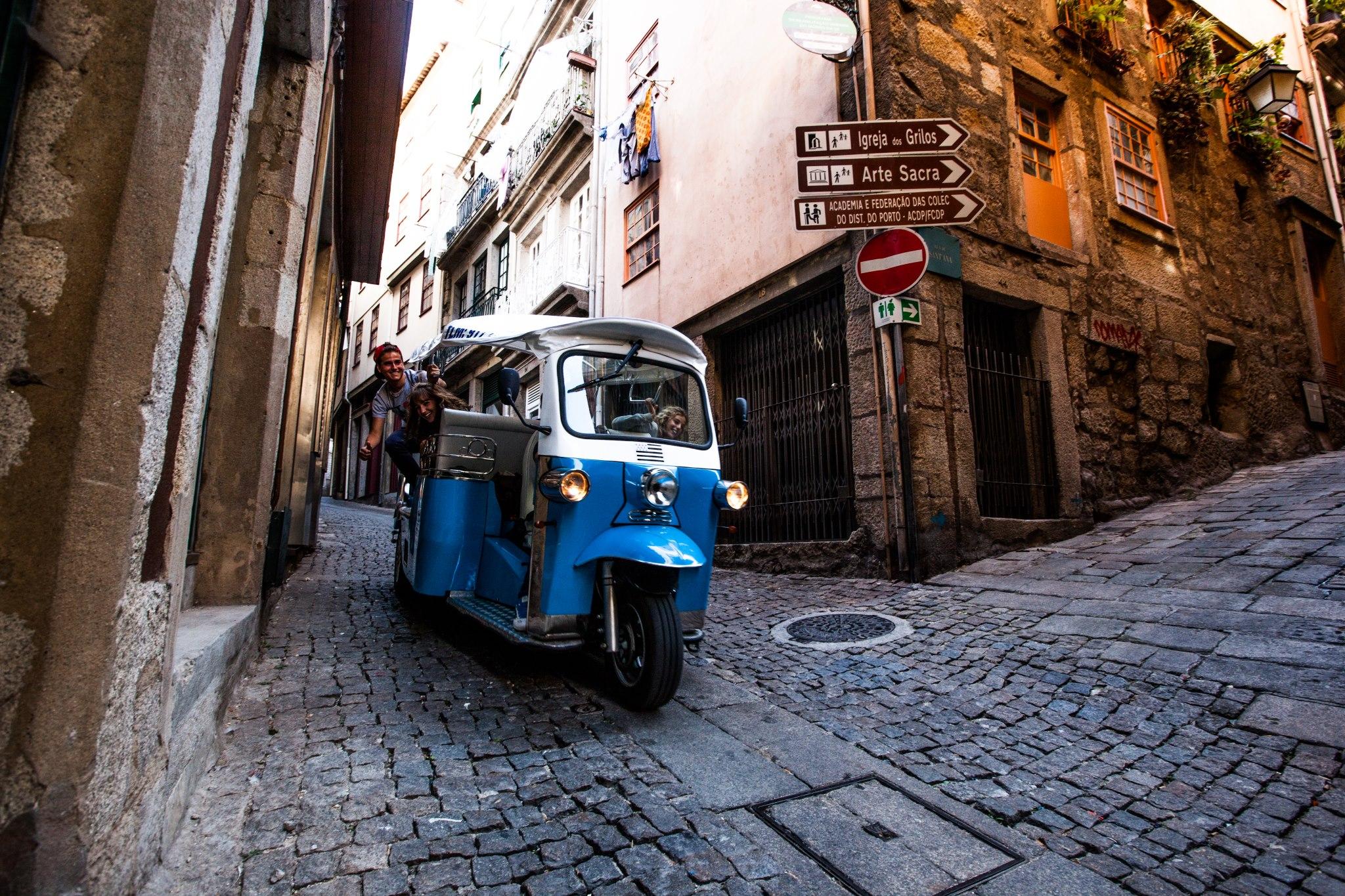 Porto Tuk Tuk Ride historic streets - Living Tours