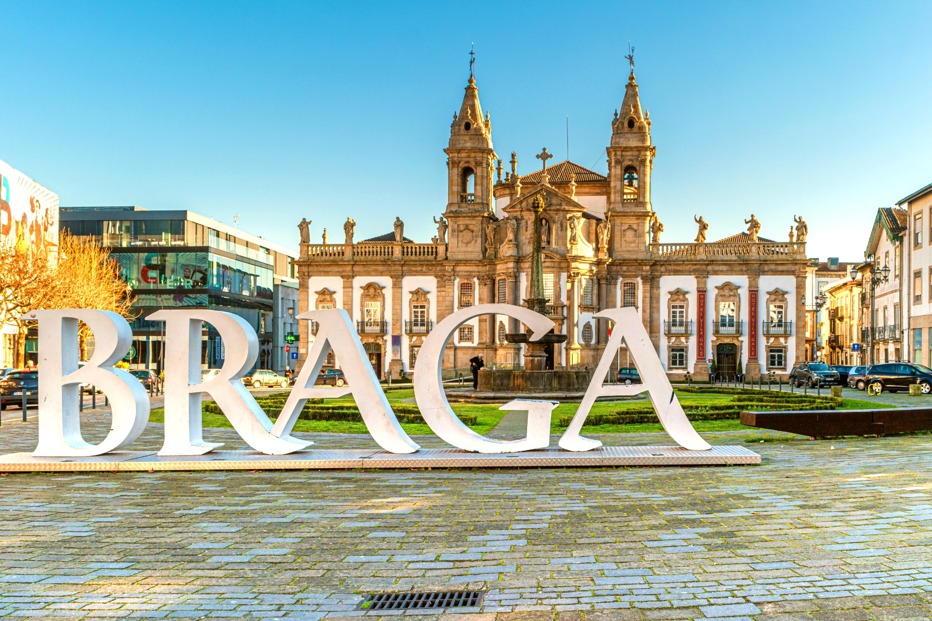 tour to braga - living tours